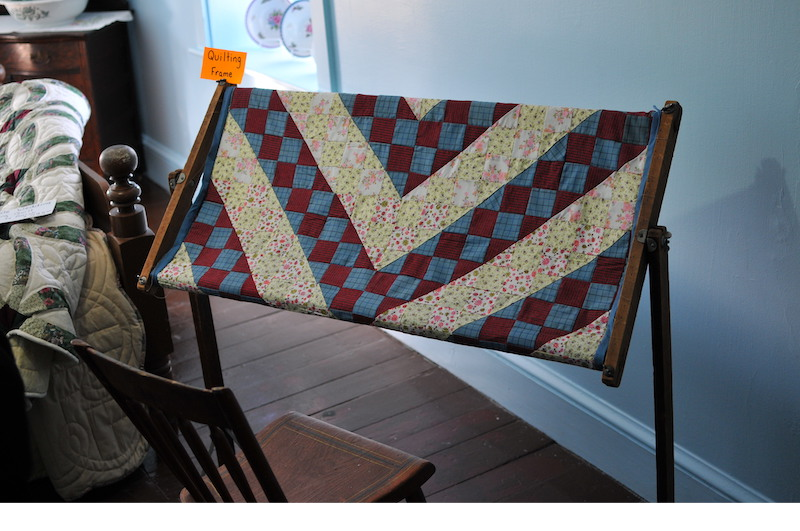 A quilt making stand at the Amish house.