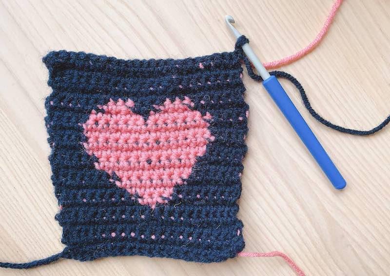 heart tapestry crochet