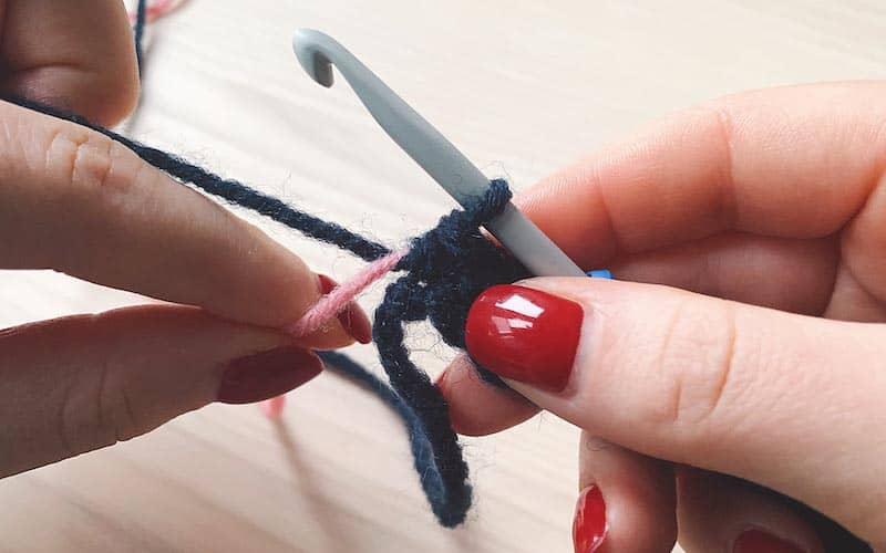 finishing row in tapestry crochet